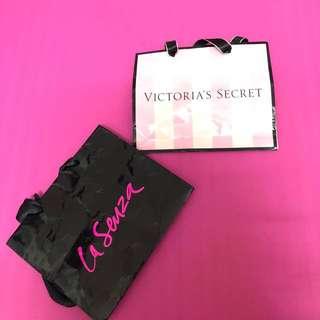 Victoria secret & la Senza paper back