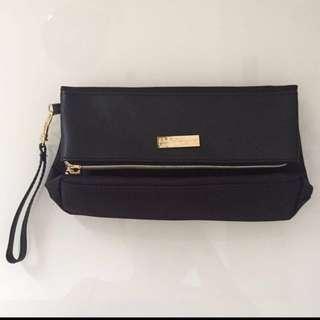 SIA Salvatore Ferragamo Sling Bag With Perfume SQ