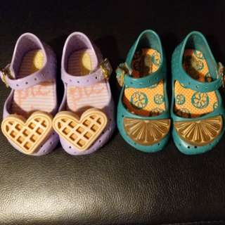 Mini Melissa baby shoes (size 5)