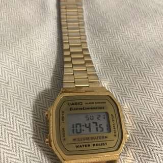 Casio金色手錶A168