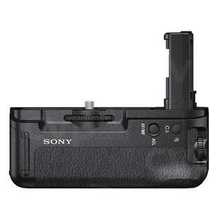 Sony VG-C2EM (Vertical Grip) for A7ii A7Rii A7Sii with full box