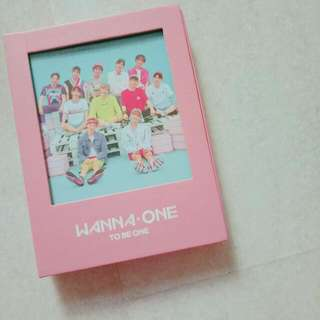 WANNA ONE' 1 X 1 = 1 TO BE ONE'