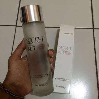 Secret Key Starting Treatment Essence Toner