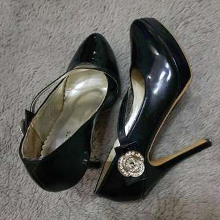 Eleanore shoes