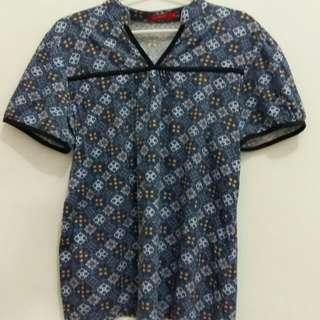 Kaos Batik Biru
