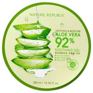 Nature Republic Soothing & Moisture Aloe Vera 92% Soothing Gel