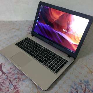 Smoothly Asus Intel pentium 5th Gen 2gb RAM 500gb HDD *FIX PRICE*