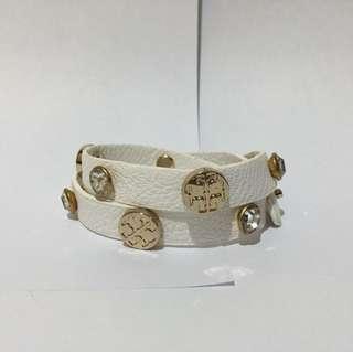 Tory burch wrap bracelet in white