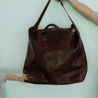 Genuine Italian XXXL leather bag