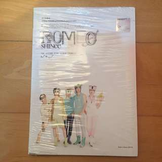 SHINee - Romeo [2nd Mini Album]
