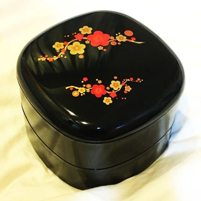 梅花糖果盒