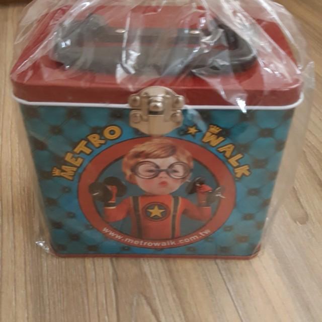 超人小孩小鐵盒