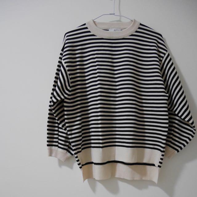 現貨/米白 條紋寬鬆毛衣