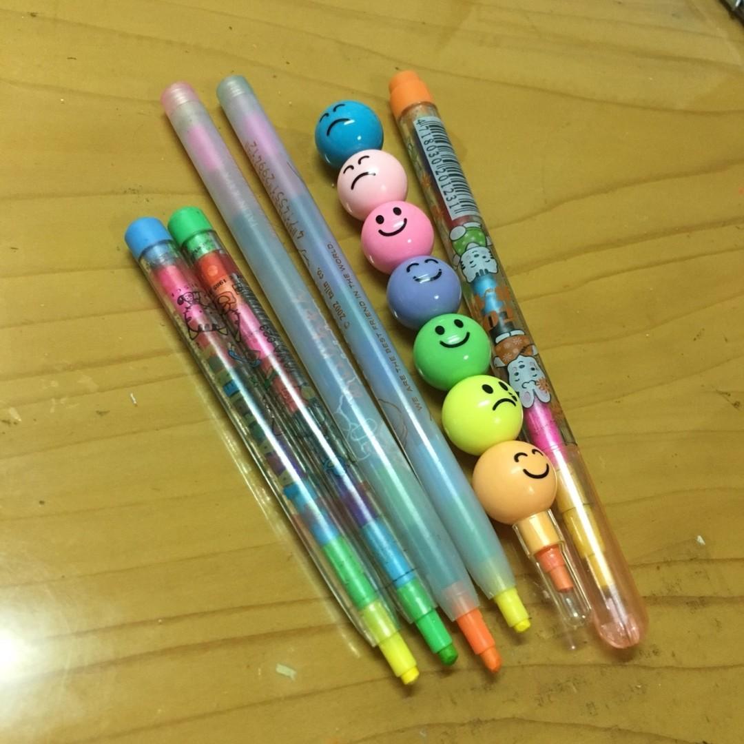 二手 彩色筆 整堆一起賣喔