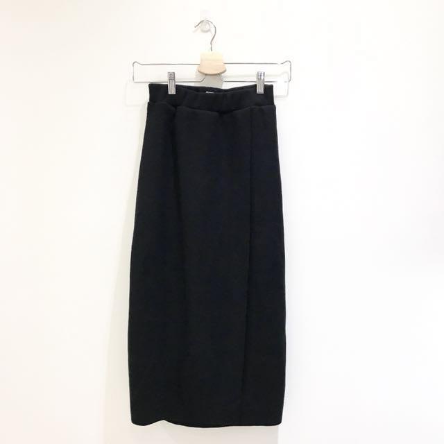 全新 秋冬必備 厚針織毛絨長裙 一片群設計 黑色 鬆緊腰頭