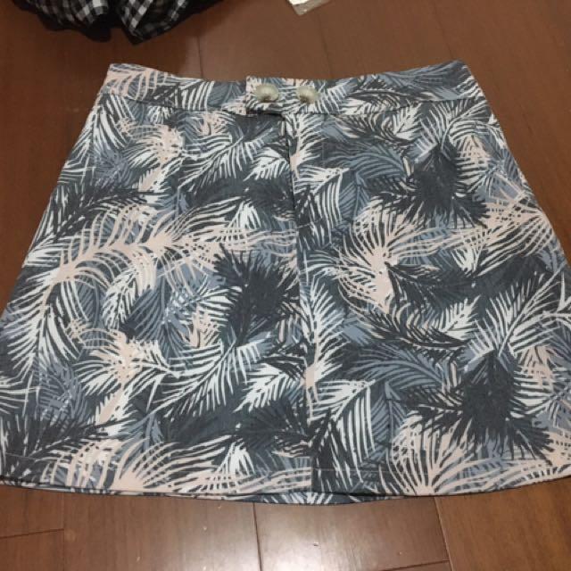 叢林風鬆緊短裙 可以穿到L