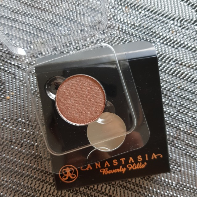 ABH Rose Eyeshadow