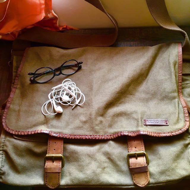 Aeropostale Messenger Bag