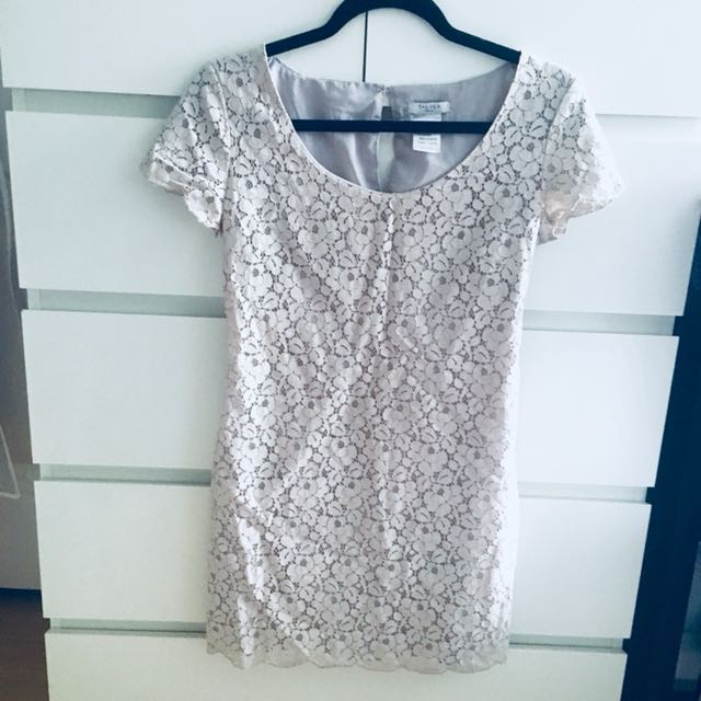 *REDUCED* Aritzia Talula Dress