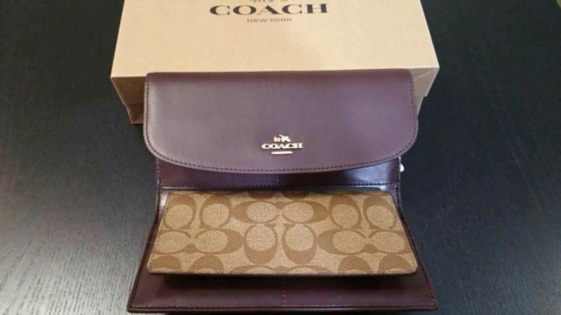 """Authentic """"Coach"""" New york wallet"""