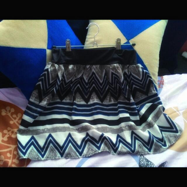 Aztec short skirt