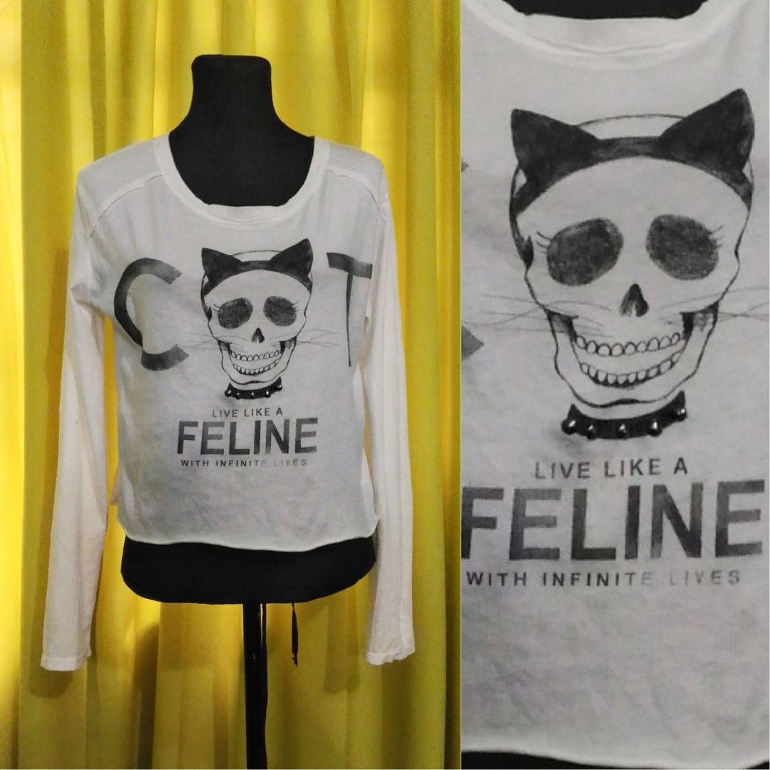 Bershka 'Live Like a Feline with Infinite Lives' graphic long sleeve shirt