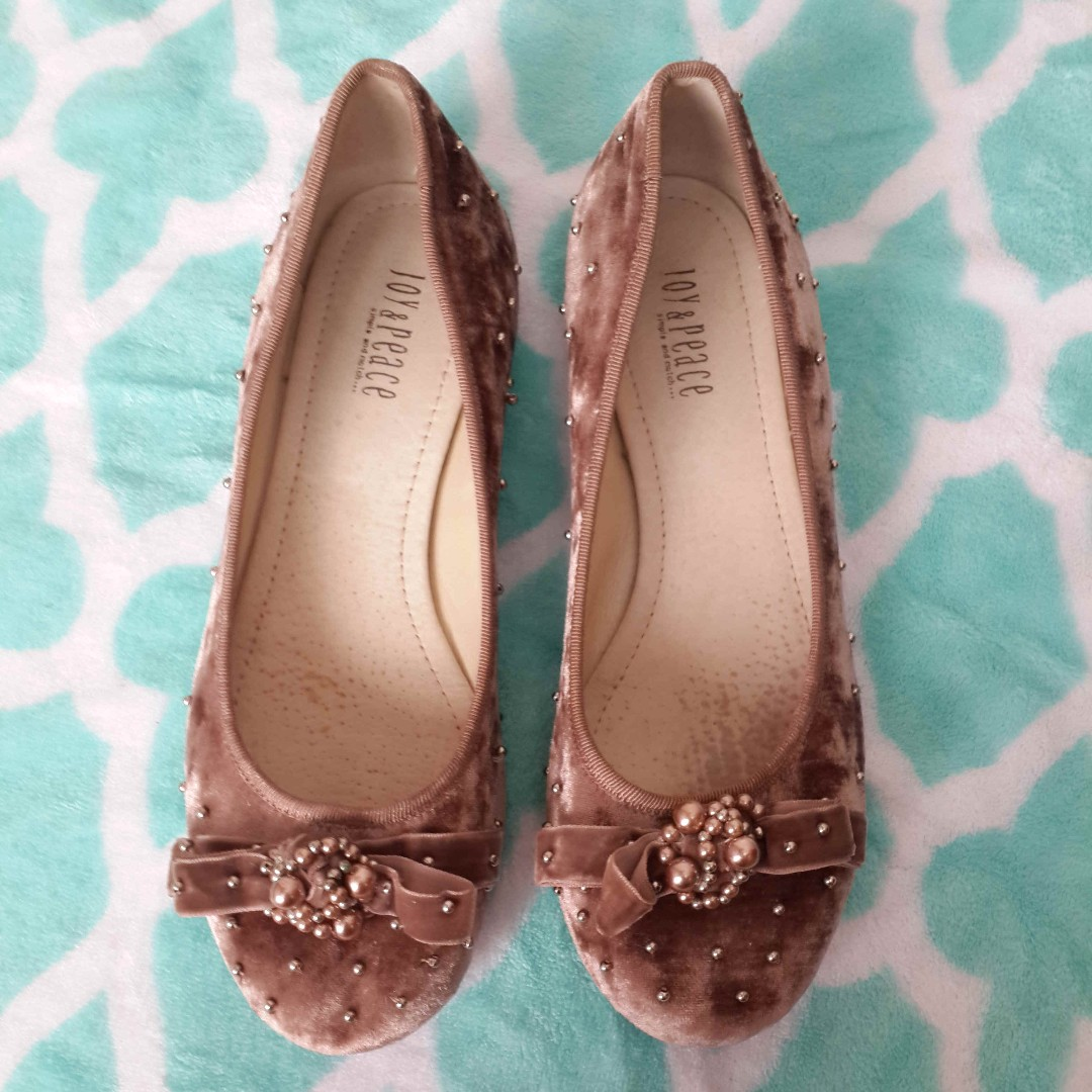Brown Doll Shoes (With bids)