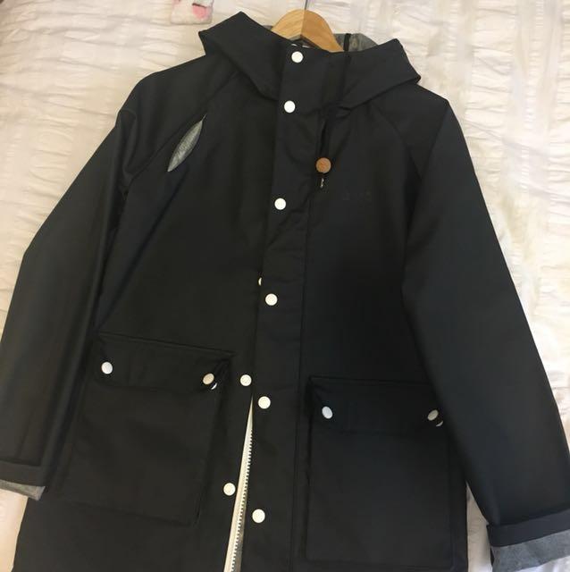BRTN Black Raincoat (size s)
