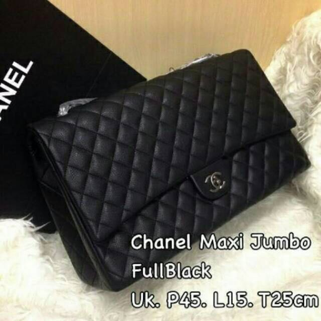 Chanel maxi travel