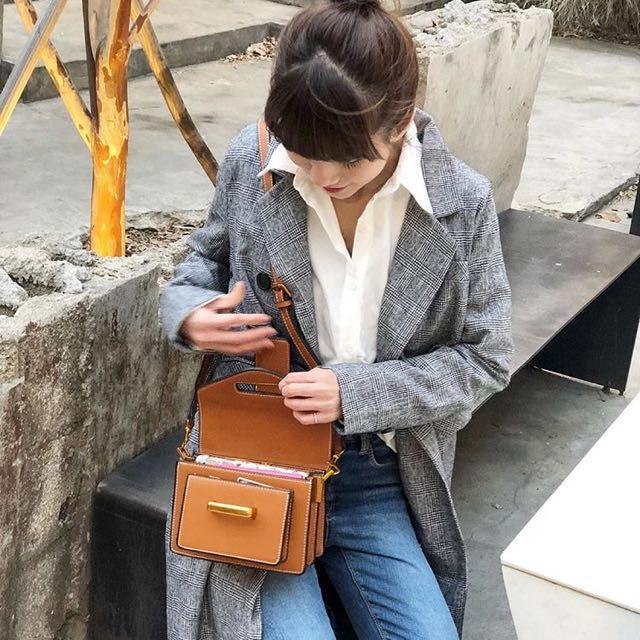 (韓國連線)Connie 同款 韓國復古小方包 咖啡 黑