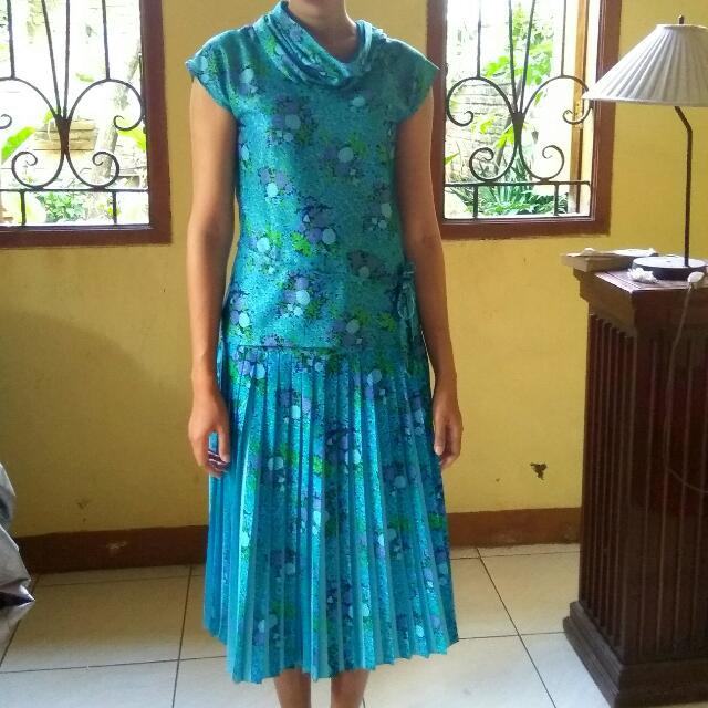 Dress atas bawah size S