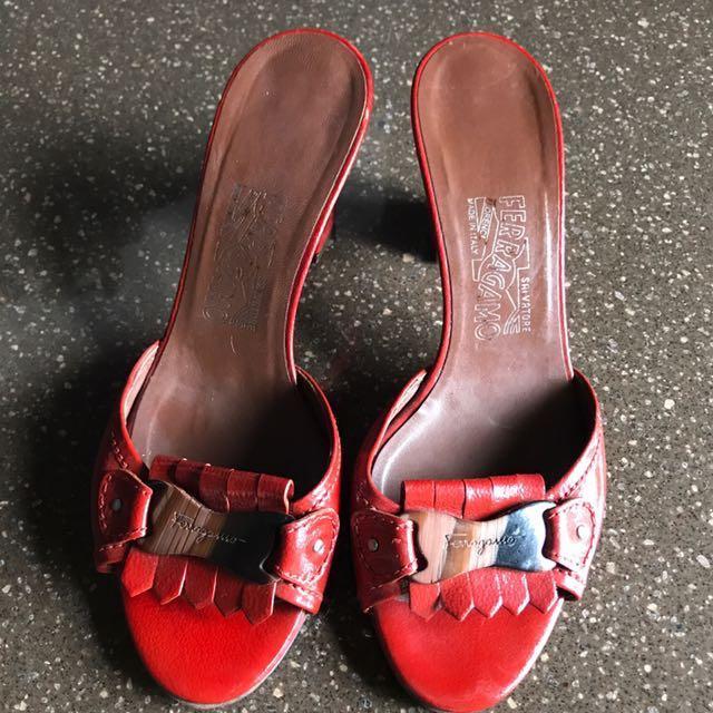 🎉新年恭喜🌺Ferragamo限量鞋