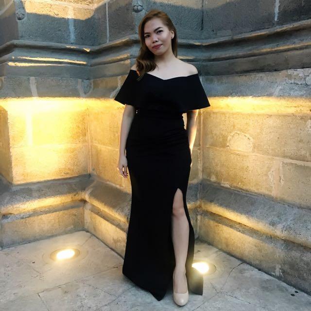 FOR RENT: Black Off Shoulder Gown