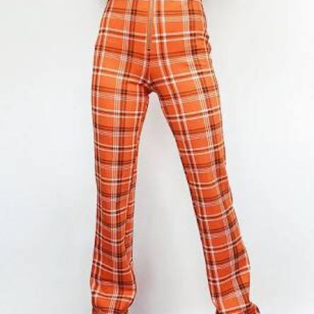 I am gia the label. tartan high wasted pants size 6