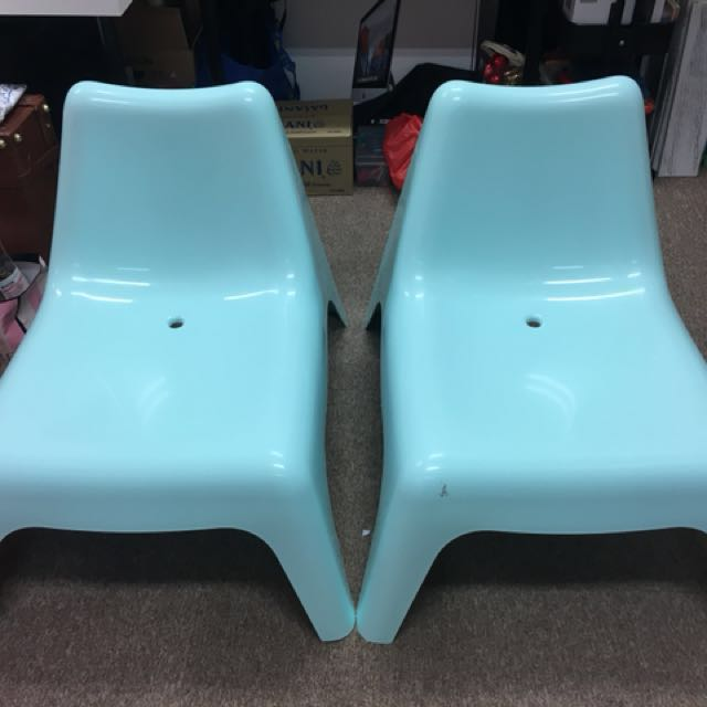 Low Chair In Pale Mint Green Pd Vago