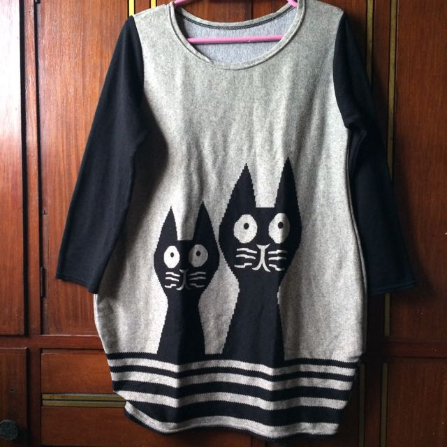 Knitted Long Top Cat Design