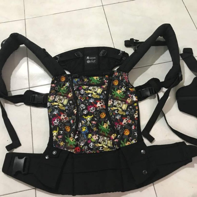 e9b119489cb Lillebaby Complete All Seasons 6-in-1 Baby Carrier -Tokidoki Rebel ...