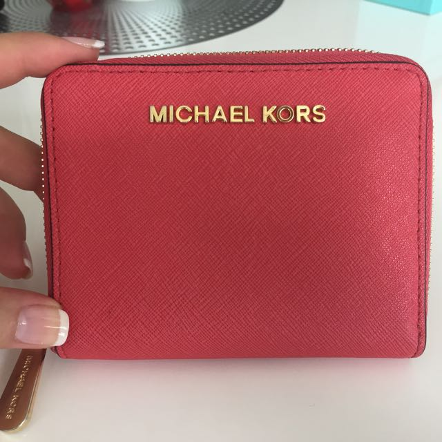 MICHAEL Michael Kors Jet Set - Small Medium Slim Saffiano Zip Around Wallet