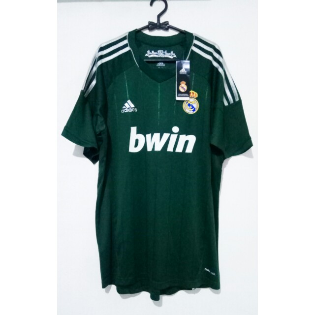 662eac0ecee NEW- ADIDAS JERSEY BOLA REAL MADRID SIZE L