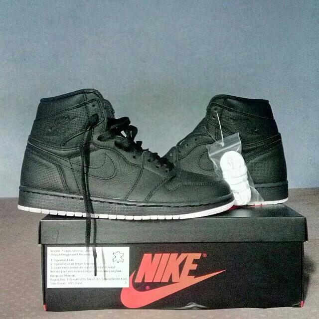 Nike Air Jordan 1 Hi Retro Perforated OG