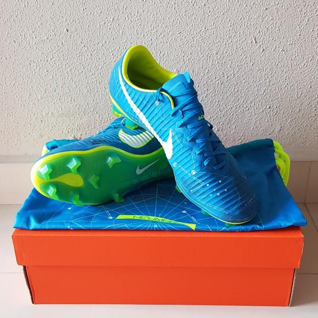 premium selection 2696a db00e Nike Mercurial Vapor XI NJR FG Neymar