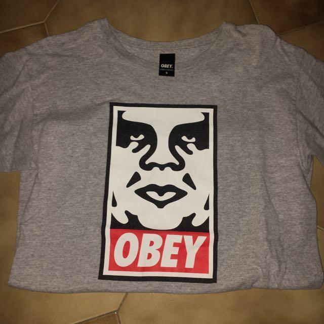OBEY logo grey t shirt