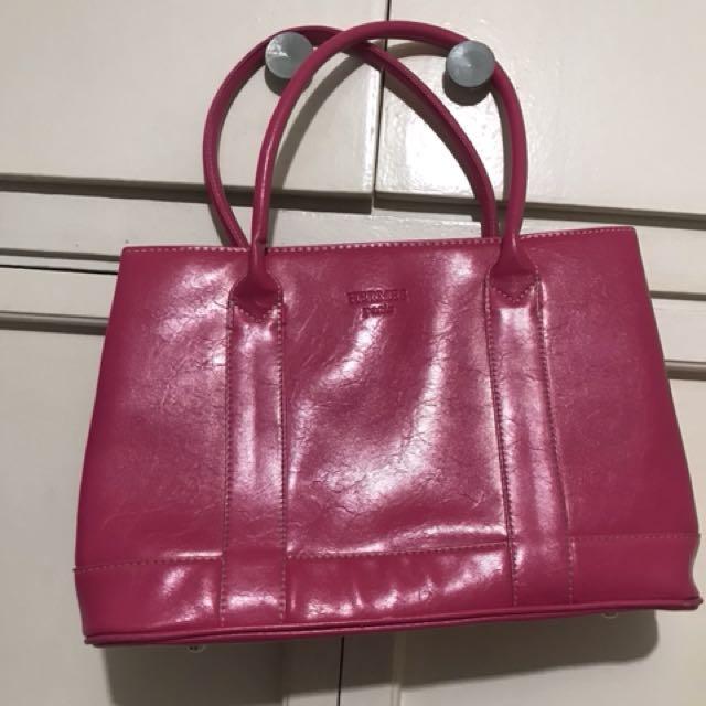 Pink medium sized bag