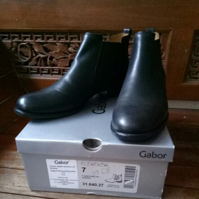 Reprice!!! Gabor Boots Size 7