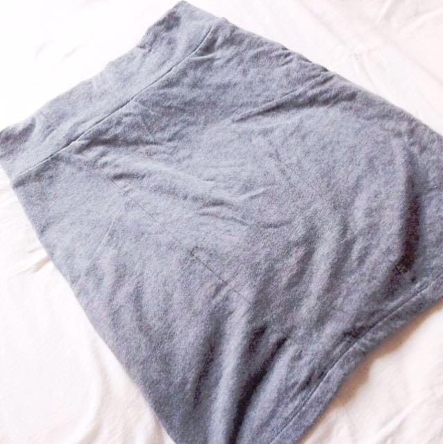 🚩RM 10🚩[Cotton On] Grey Bodycon Skirt.