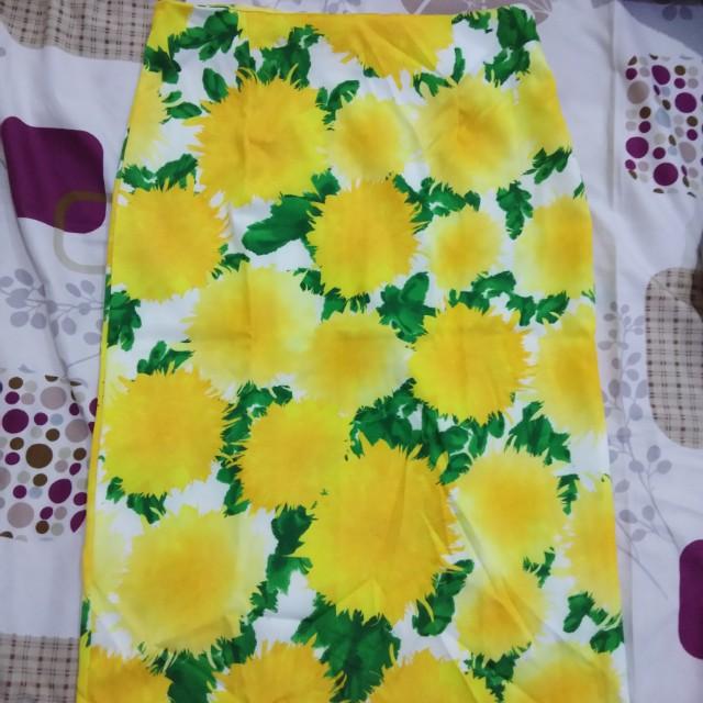 Rok sepan flower kuning