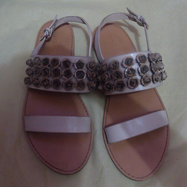 Sandals Mango Flowers Stud