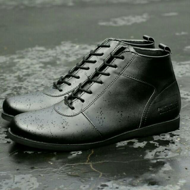 sepatu boots santai casual pria timberland 6026497f51