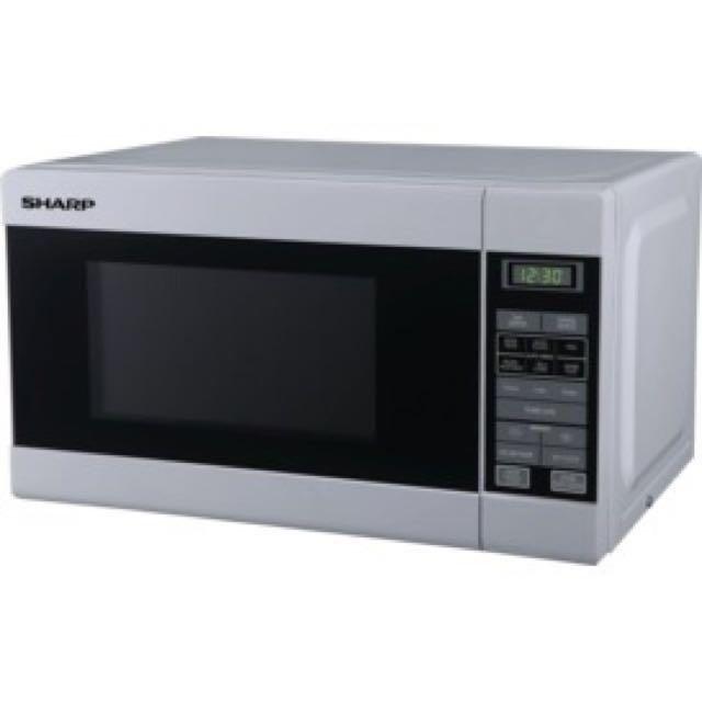 Sharp white 750 w microwave brandnew