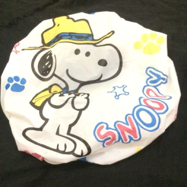 Shower cap snoopy